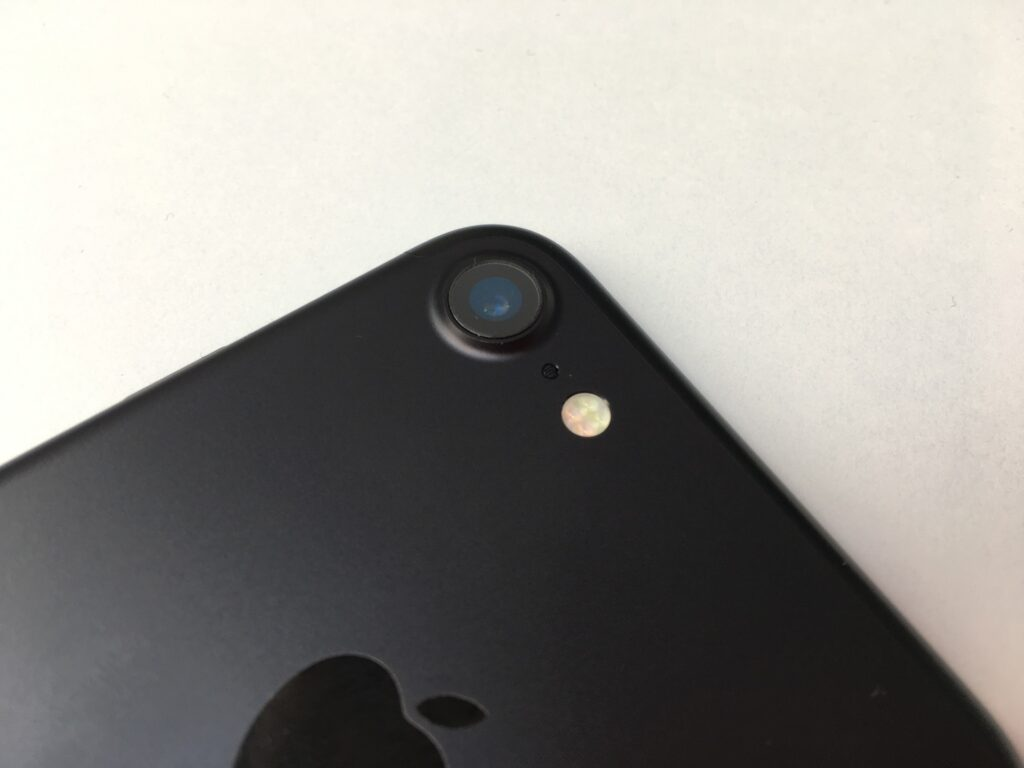 стоит ли брать iphone 7 в 2020
